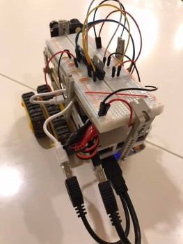 robot006