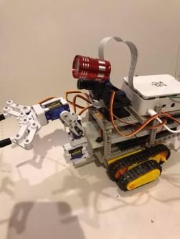 robot007